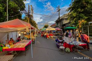 chiang-mai-sunday-street-market-1