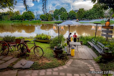 the-good-view-restaurant-chiang-mai-thailand