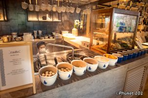 four-points-by-sheraton-phuket-nodle-soup-breakfast