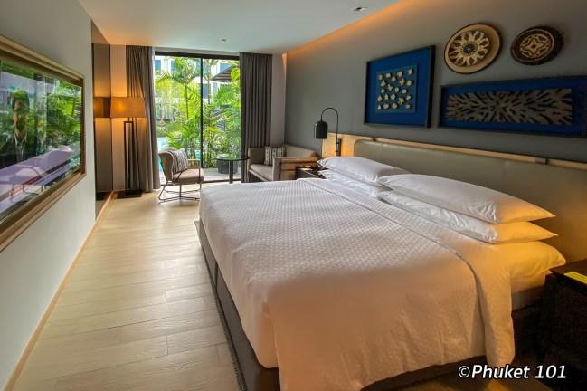 four-points-sheraton-phuket-pool-access-room
