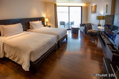le-meridien-phuket-bedroom-2