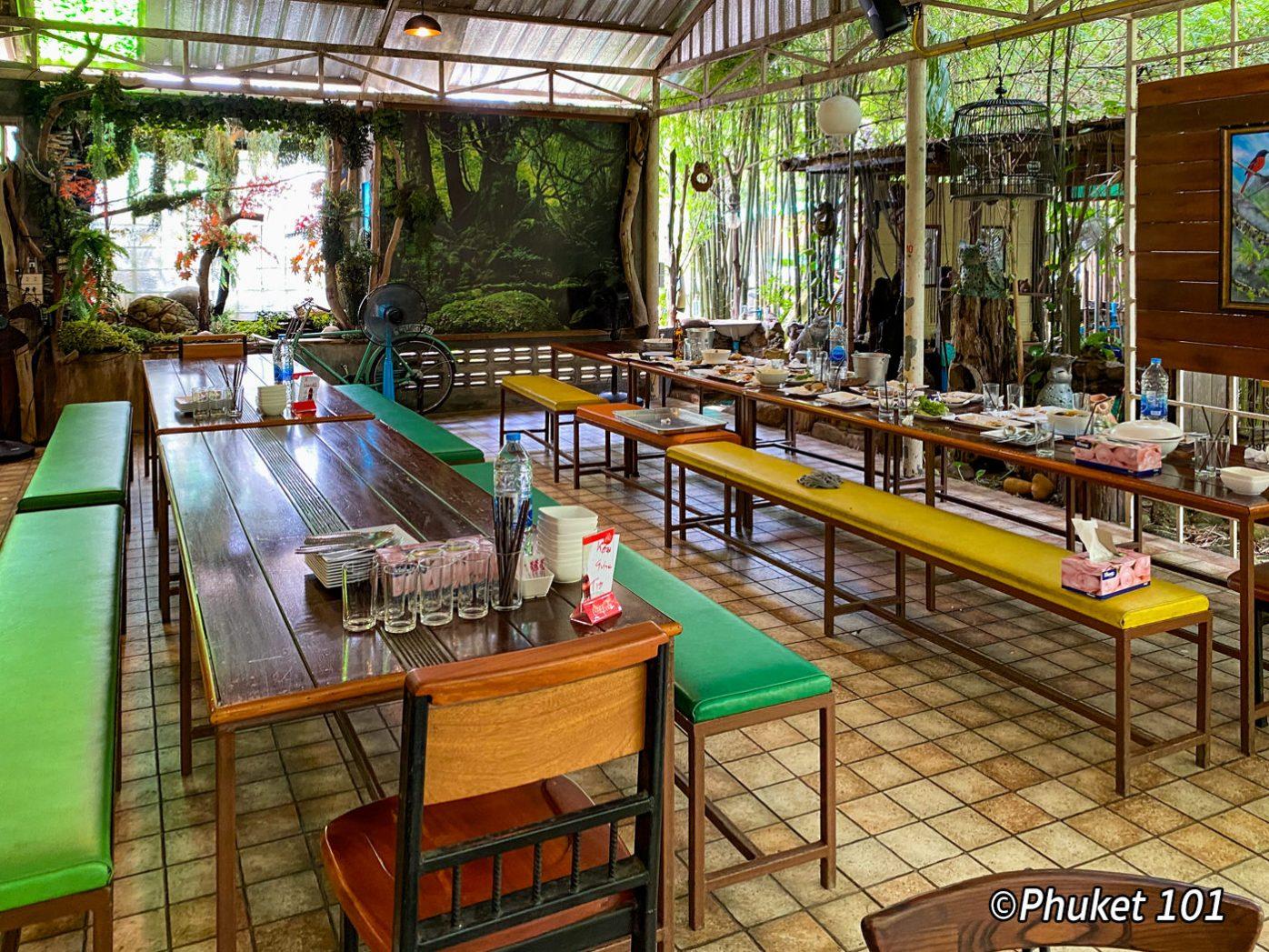 ta-tuay-restaurant-phuket-2