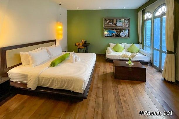 on-on-hotel-phuket-room-3