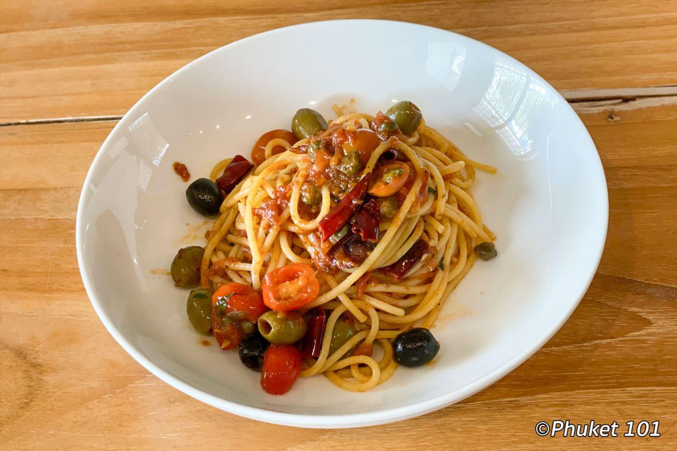 crust-cafe-restaurant-pasta