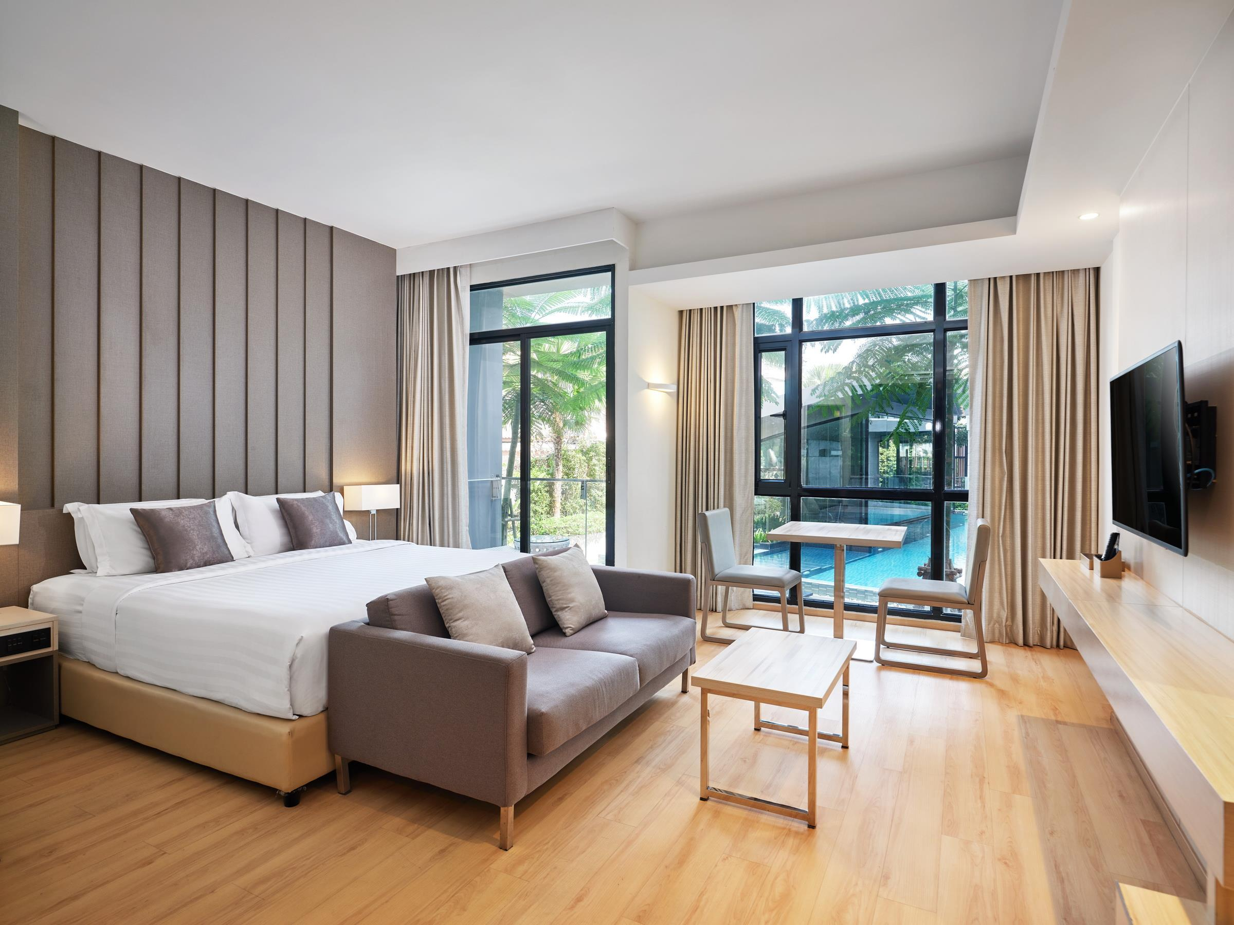 Arden Hotel And Residence By At Mind Pattaya Compare Deals