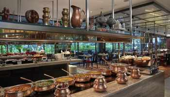 Buffet at melt cafe in singapore