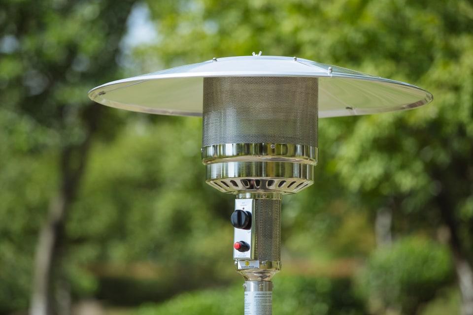 garden treasures 48000 btu stainless steel floorstanding liquid propane patio heater