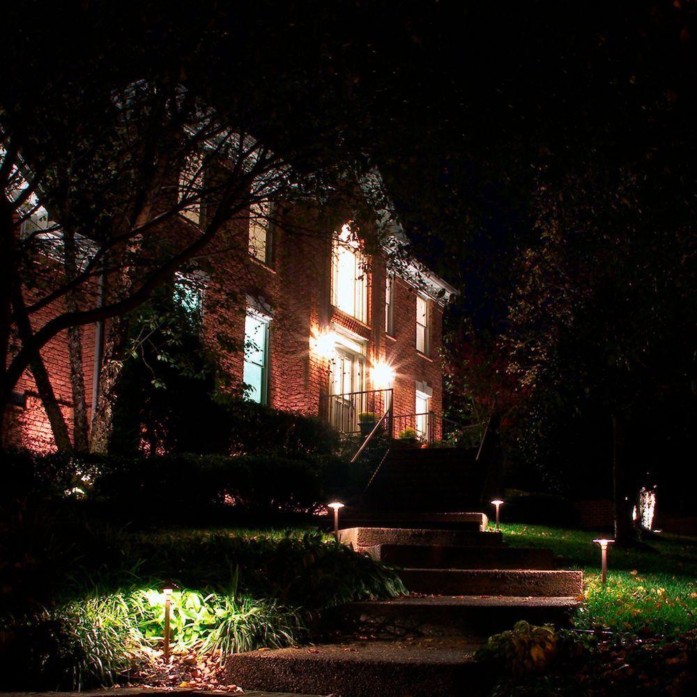 p m lighting professional series 9 light led landscape lighting kit