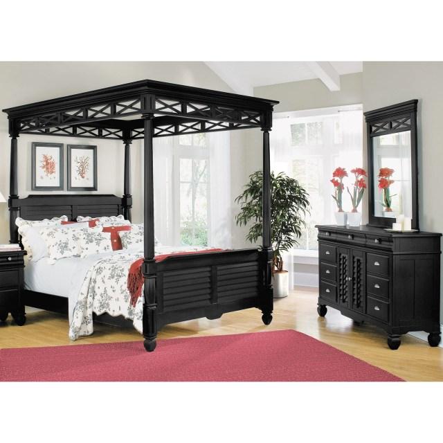 Plantation Cove 5 Piece Queen Canopy Bedroom Set Black