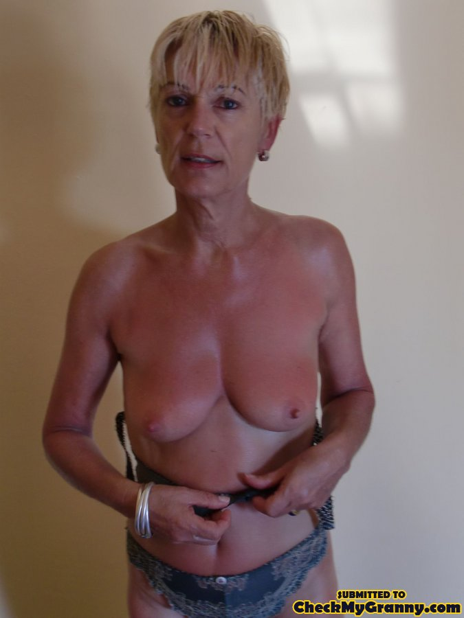 Nude Old Women With Breast Implants-9373