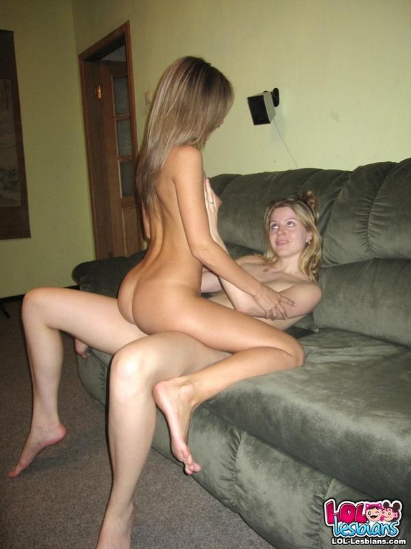 Hot Naked Lesbian Bitches 09