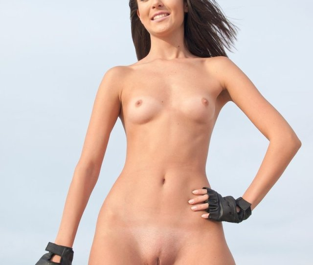 Naked Sporty Biker Girl Picture 14