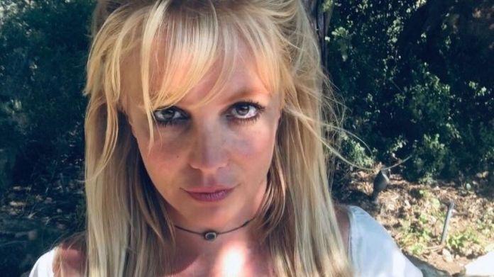 Britney Spears, Musician