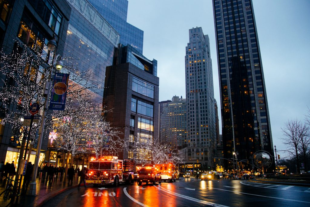 Contented Gypsy | Columbus Circle Fire Truck Christmas Wreaths