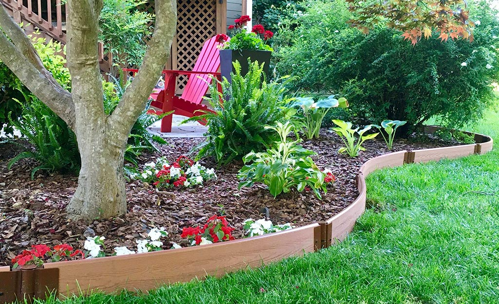 Best Landscape Edging For Your Yard The Home Depot