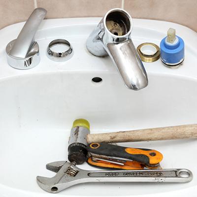 how do you remove bathroom sink faucet