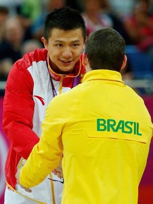 Yibing Chen e Arthur Zanetti