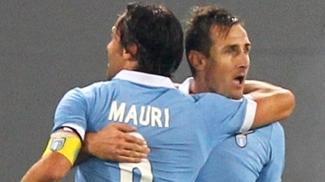 Klose e Mauri marcaram na vitória da Lazio