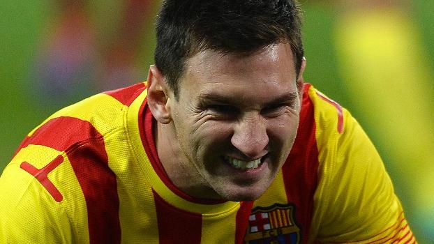 Messi faz cara de poucos amigos no clássico entre Barcelona e Atlético de Madri