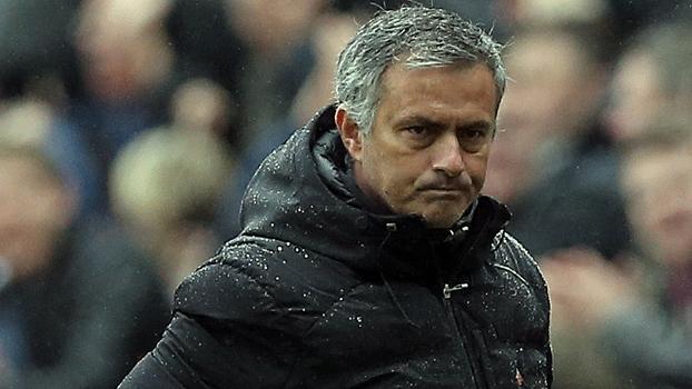 José Mourinho não gostou nada do desempenho do Chelsea na derrota contra o Newcastle