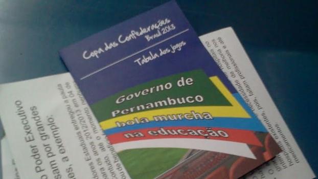 Tabela da Copa das Confederações virou panfleto de protesto em Recife