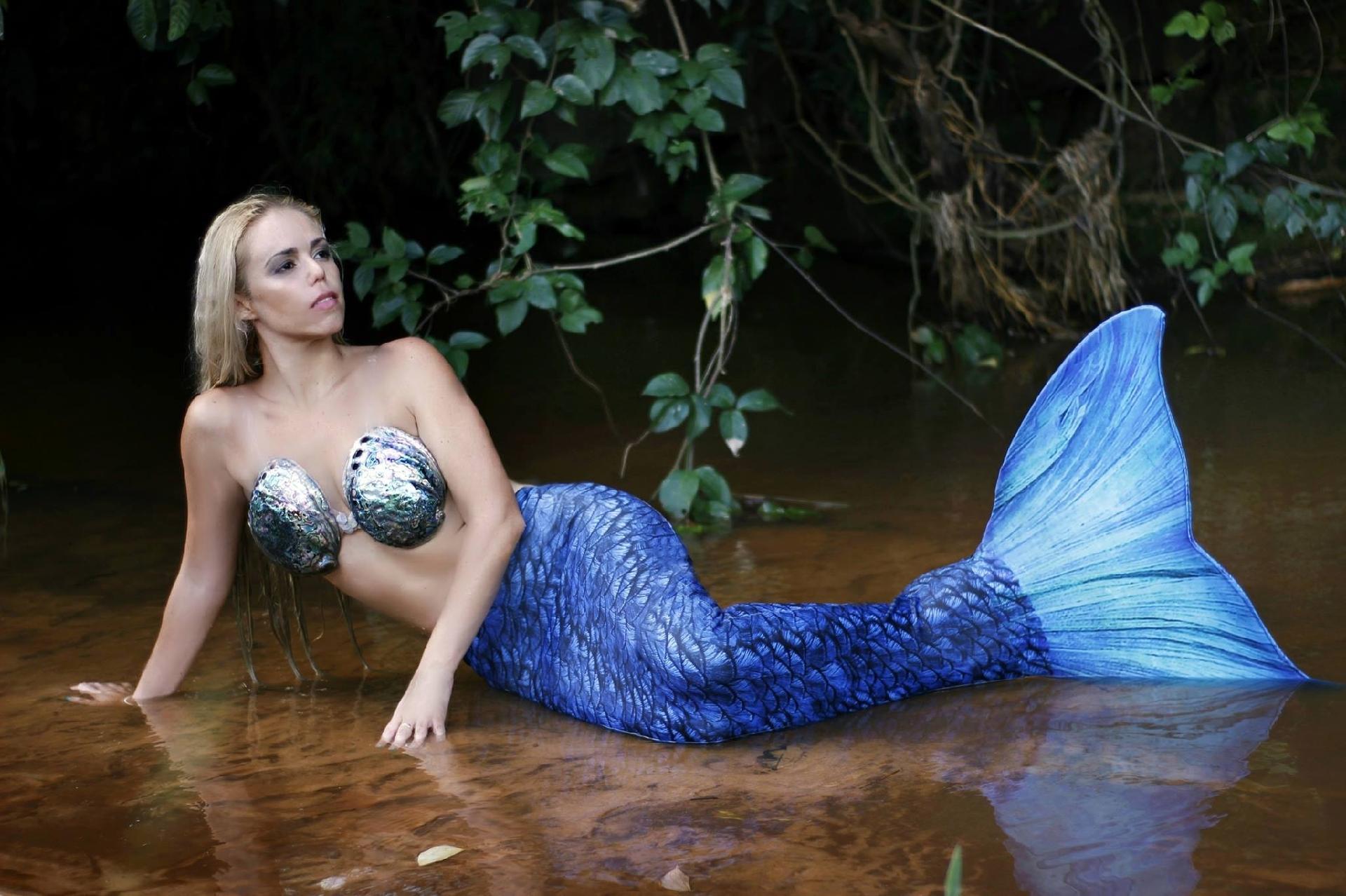 Resultado de imagem para sereia profissional brasileira