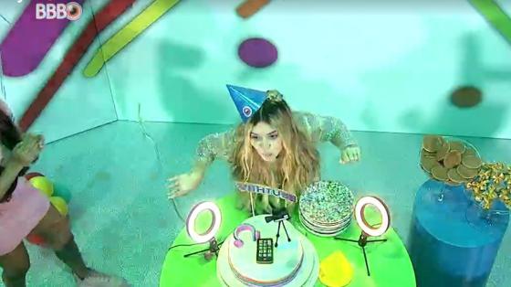 BBB 21: Viih Tube canta parabéns na festa - Reprodução / Globoplay