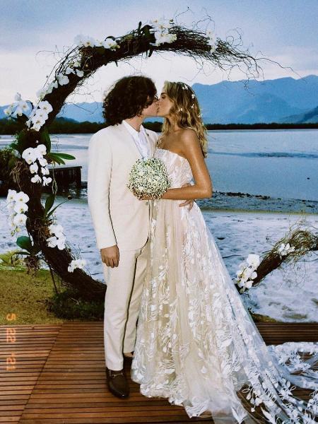 Sasha: como vestido de casamento de R$ 60 mil foi feito em um mês
