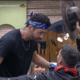 Farm 2021: Rico receives farmer's hat from Gui Araujo - Reproduction / PlayPlus