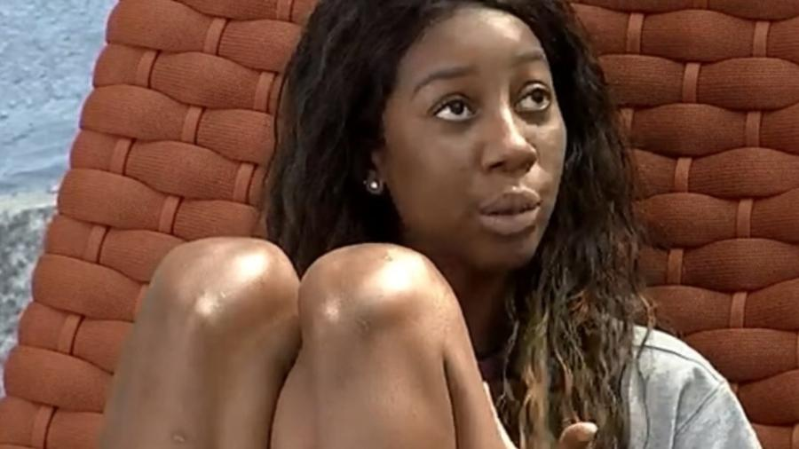 BBB 21: Camilla fica chateada por Thaís não convidá-la para o almoço do anjo - Reprodução/Globoplay