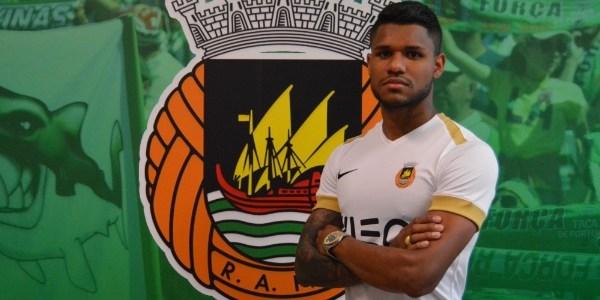 Matheus Reis fechou a sua transferência para o futebol português