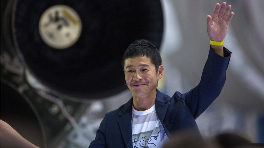 maezawa disse ainda que vai convidar ate oito artistas para se juntar a ele no espaco 1578926175807 v2 900x506 - 'COMPANHEIRA DE VIDA': Bilionário japonês busca mulher para passeio à Lua