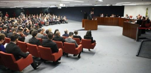 Resultado de imagem para Mendherson Souza Lima, ex-assessor do senador Zezé Perrella