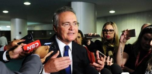 O líder do PMDB no Senado, Renan Calheiros (AL), criticou o governo Temer em entrevista