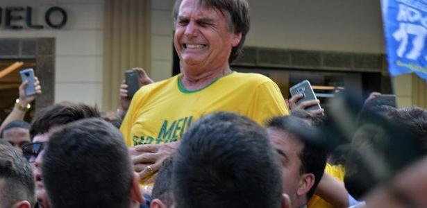 o candidato a presidencia jair bolsonaro levou uma facada durante ato de campanha no dia 6 de setembro 1539373258265 v2 615x300 - Eleição revelou como brasileiro não é pacífico, diz filósofo