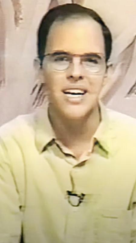 Benjamin Teixeira de Aguiar in 1994, at the age of 23, when he presented a TV show about spirituality - Personal archive - Personal archive
