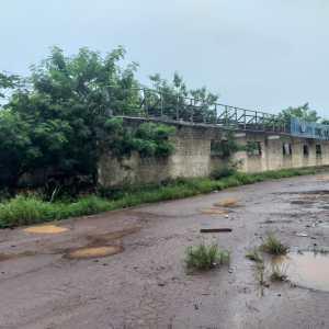 Prédios abandonados no Centro de Rio Branco: um reduto para violência e uso de drogas