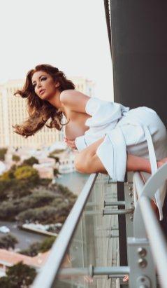 Nicolette Shea - Continental Agency