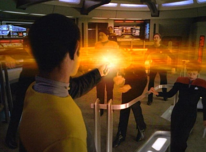 tuvok wide angle phaser beam.JPG