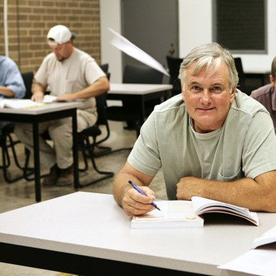 Contractor getting Contractor License in class