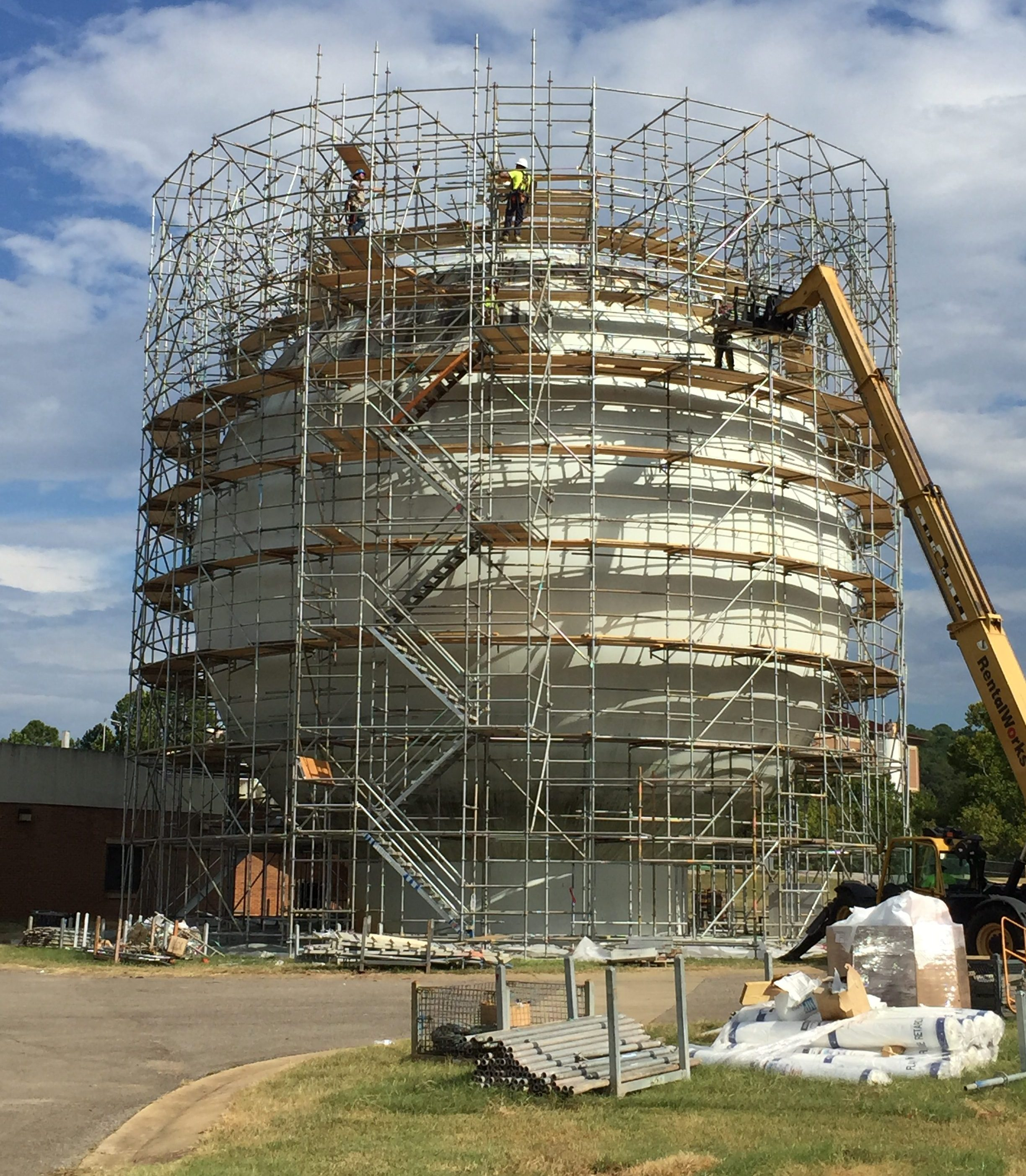 Round Sphere Tank scaffold 7