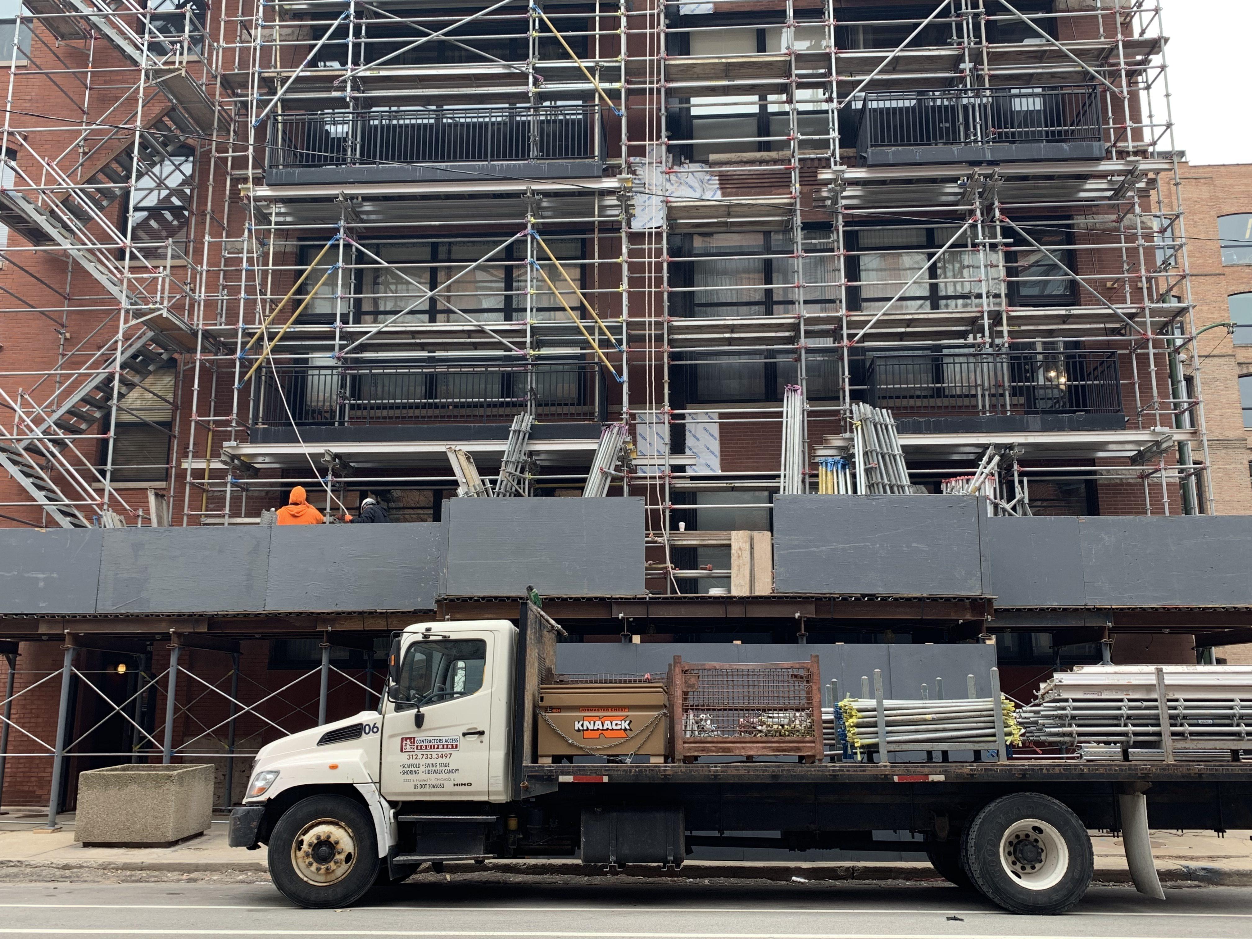 541 W. Fulton - Shoring & Tower scaffold 5