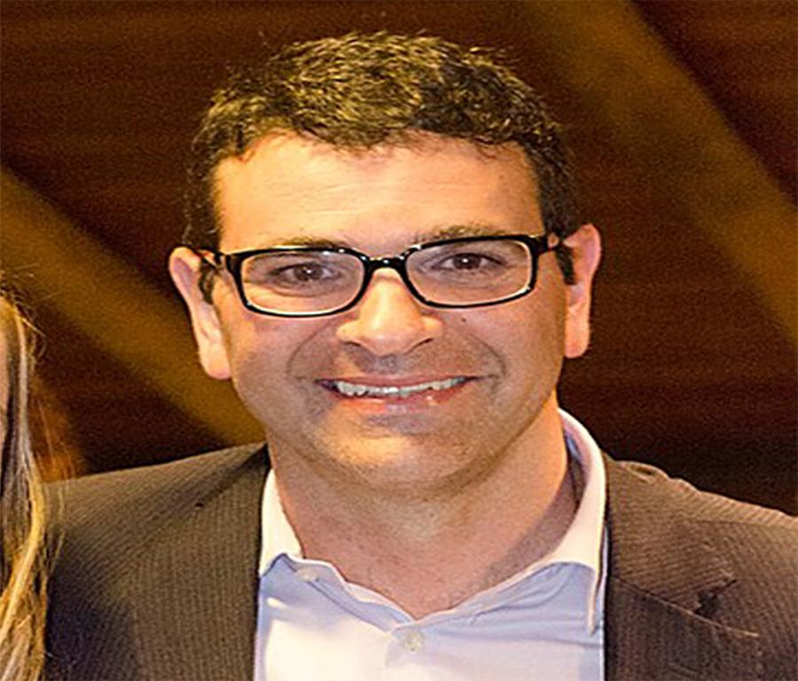 Ricardo Ribeiro pede exoneração da Secretaria de Educação