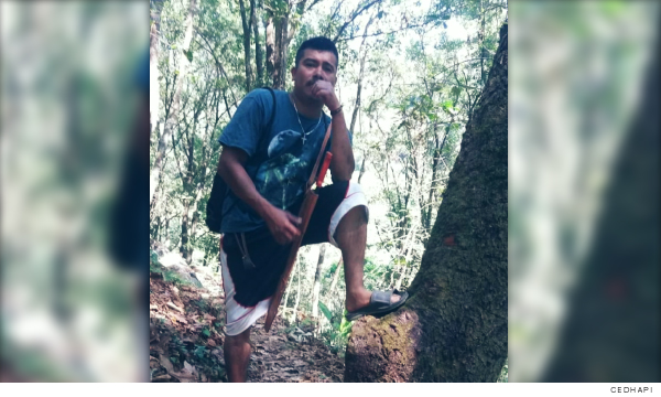 defensor del territorio y el medio ambiente José Castillo Castro, posando para una foto
