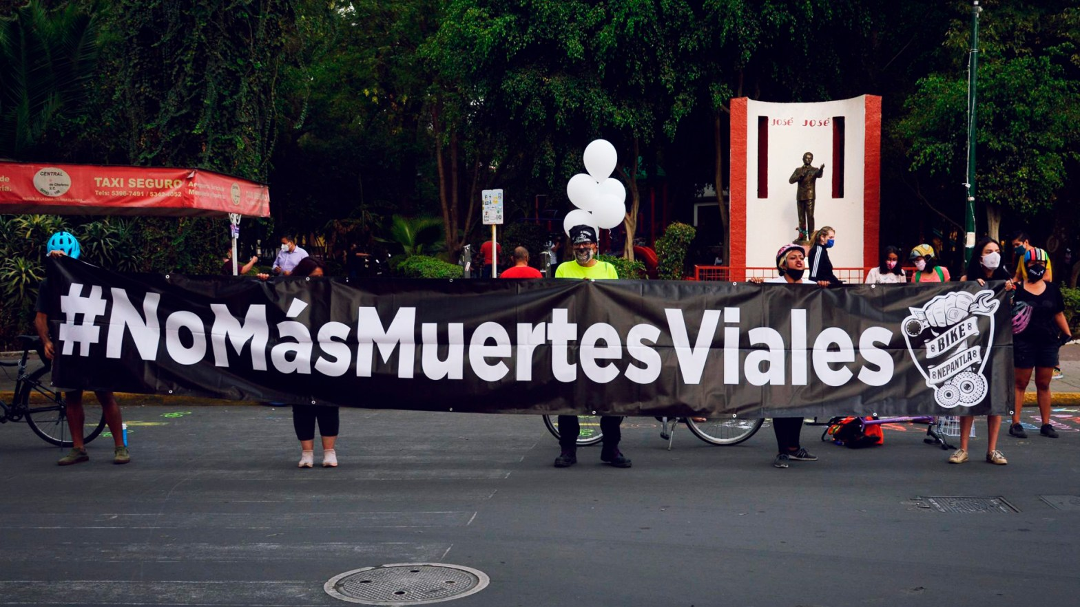Manifestantes por siniestros viales