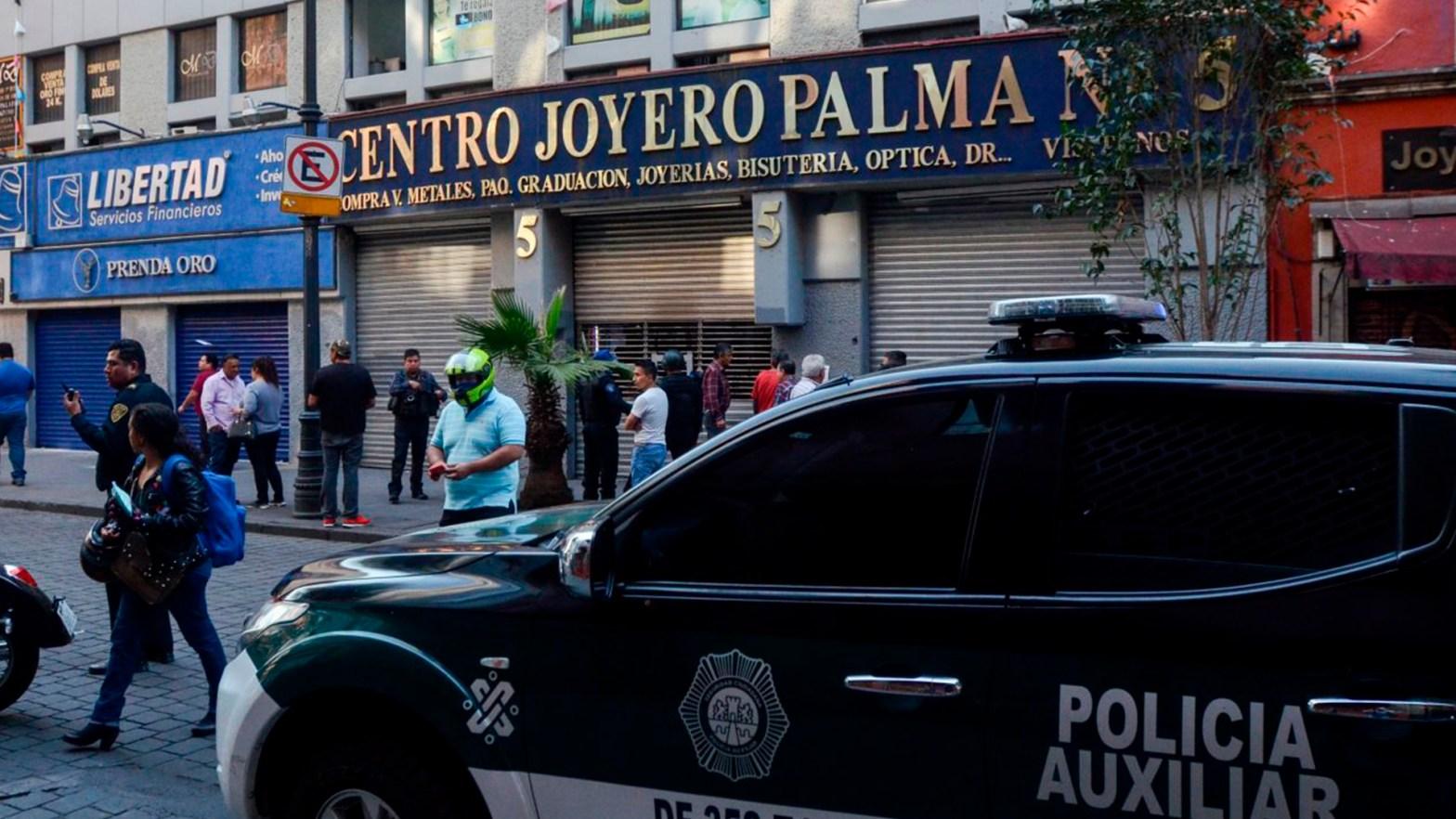 elementos policiales en el centro histórico