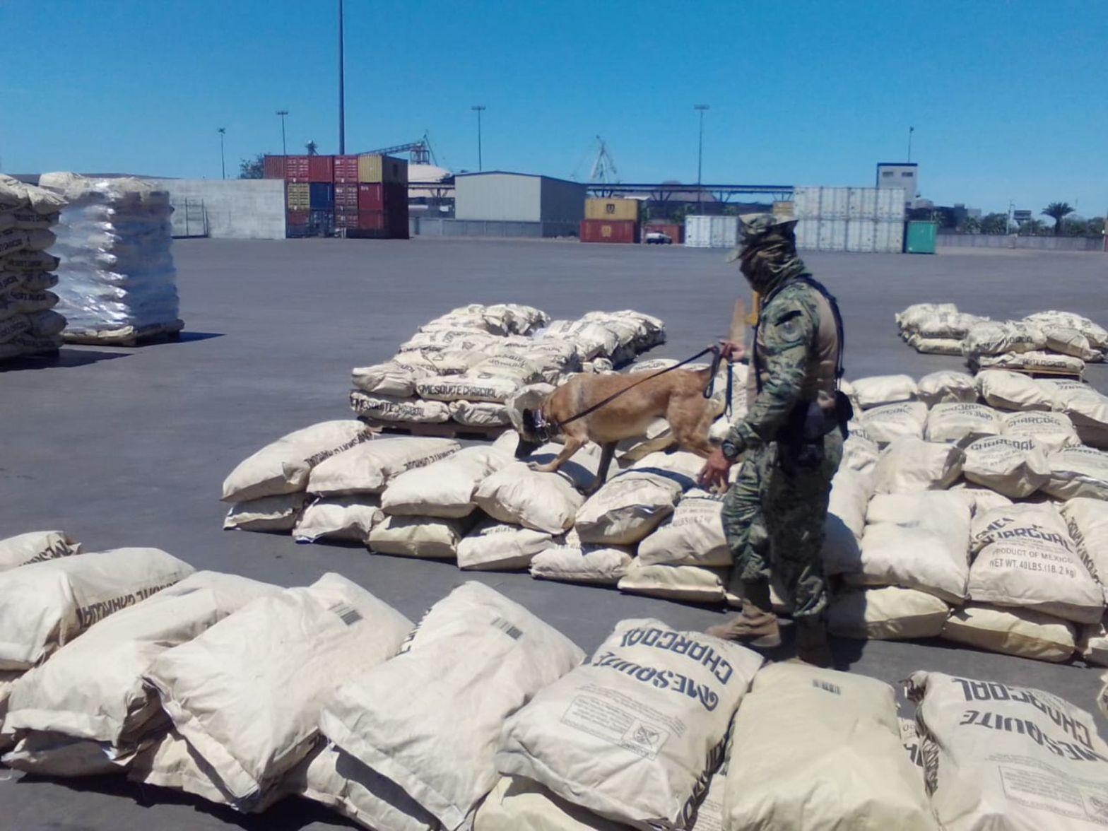 Marina asegura 2 toneladas de metanfetamina en Baja California