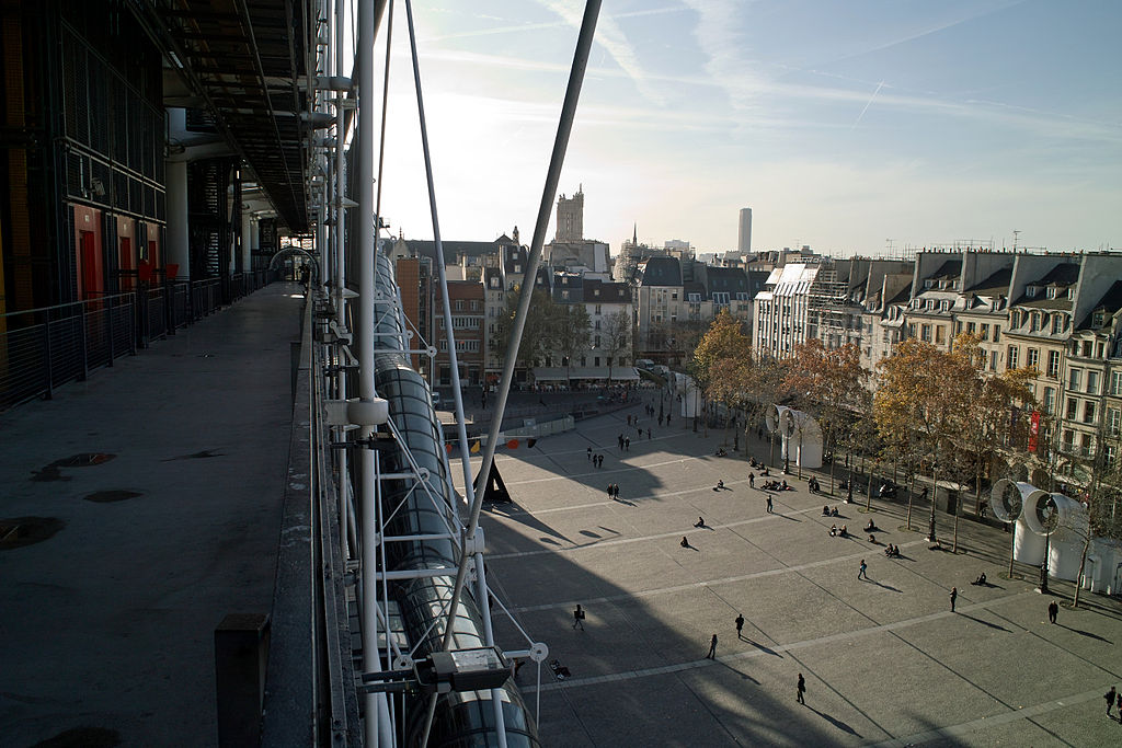 Centre_Pompidou,_Paris,_30_November_2011