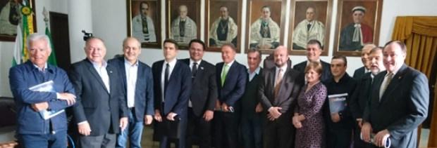 Bancada do Paraná promete defender UFPR