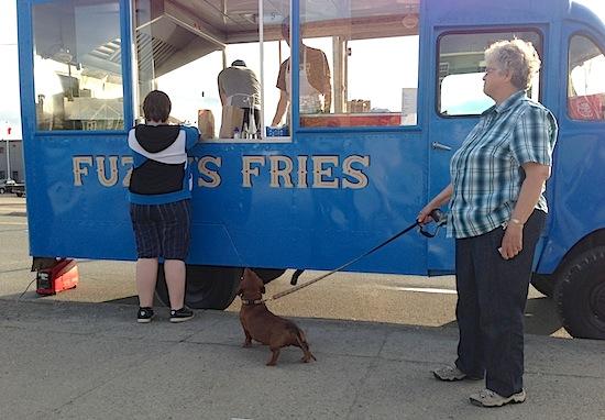Wiener Dog At Fuzzies 550